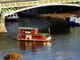 Круиз - прогулка на кораблике по реке Влтаве - фото 3