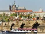 Круиз - прогулка на кораблике по реке Влтаве - фото 8