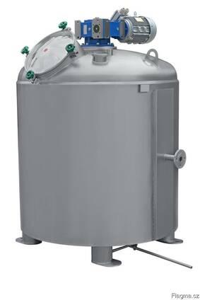 Vacuum evaporator for sugar syrup